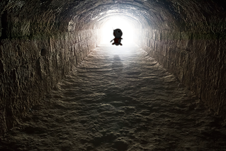 Light-in-the-end-of-the-tunnel-000046499638_Large.png
